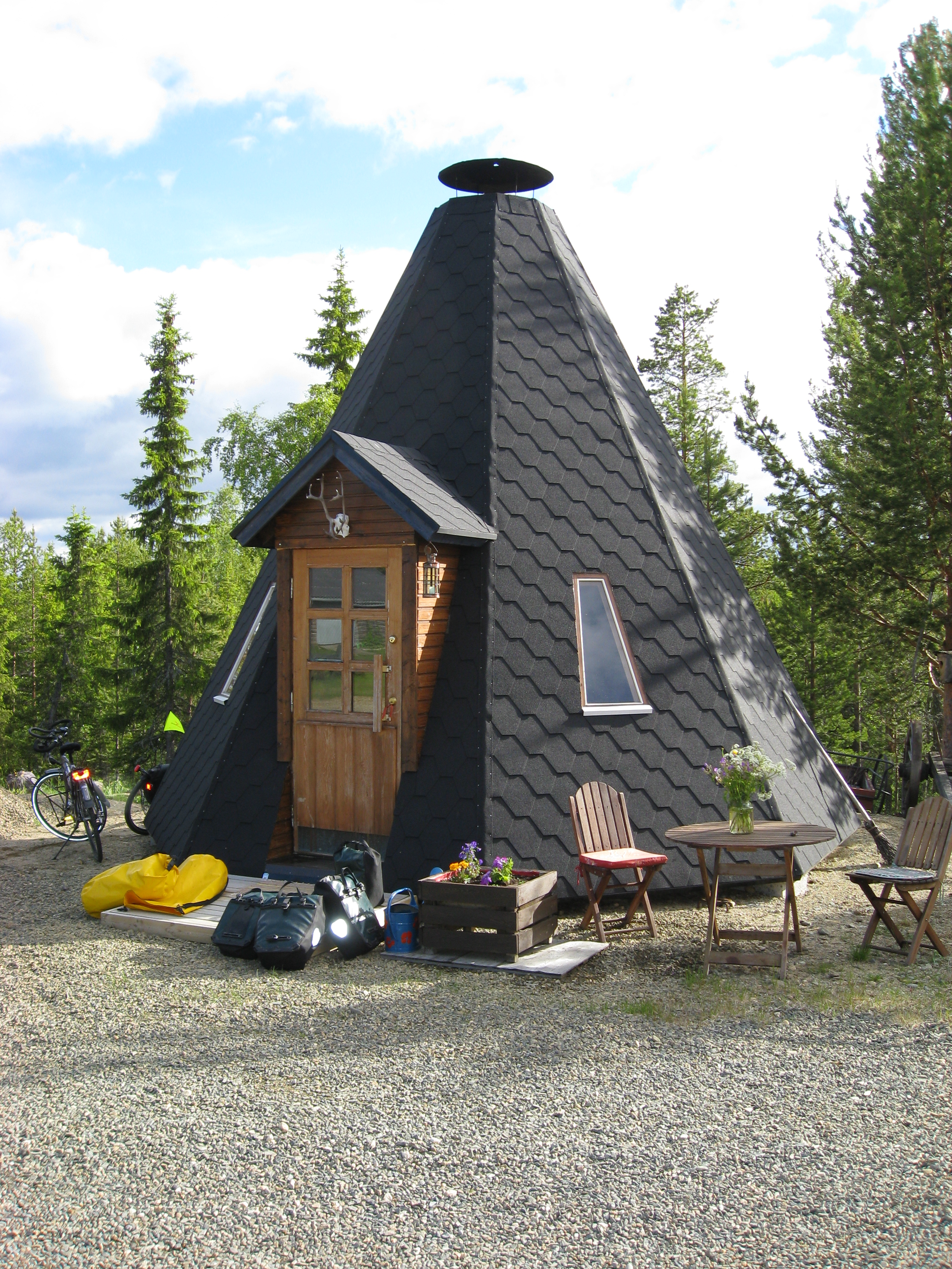 Modern tipi tent bikingcycles Tent a house